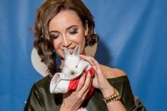 Ольга Бузова и кролик Хуан